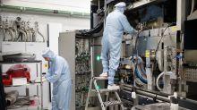 Chip Gear-Maker ASML Forecasts Sales Matching Estimates