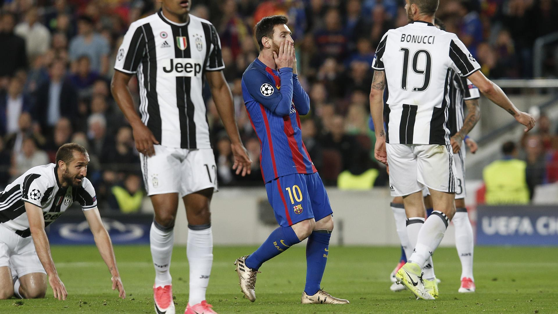 Bittersweet feeling for Dani Alves after Juve eliminate Barca