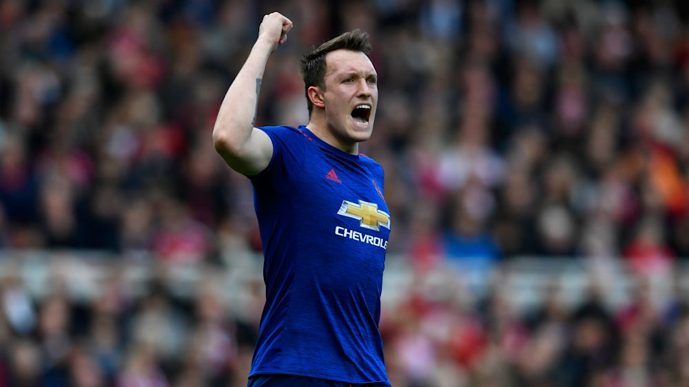 Jones: Manchester United not scared of anyone