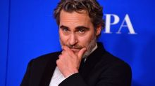 Joaquin Phoenix Snaps Back at Reporters After Being 'Tricked' Into Golden Globes Press Room