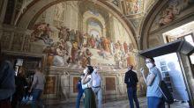 El Vaticano centraliza procedimientos de contratos y compras