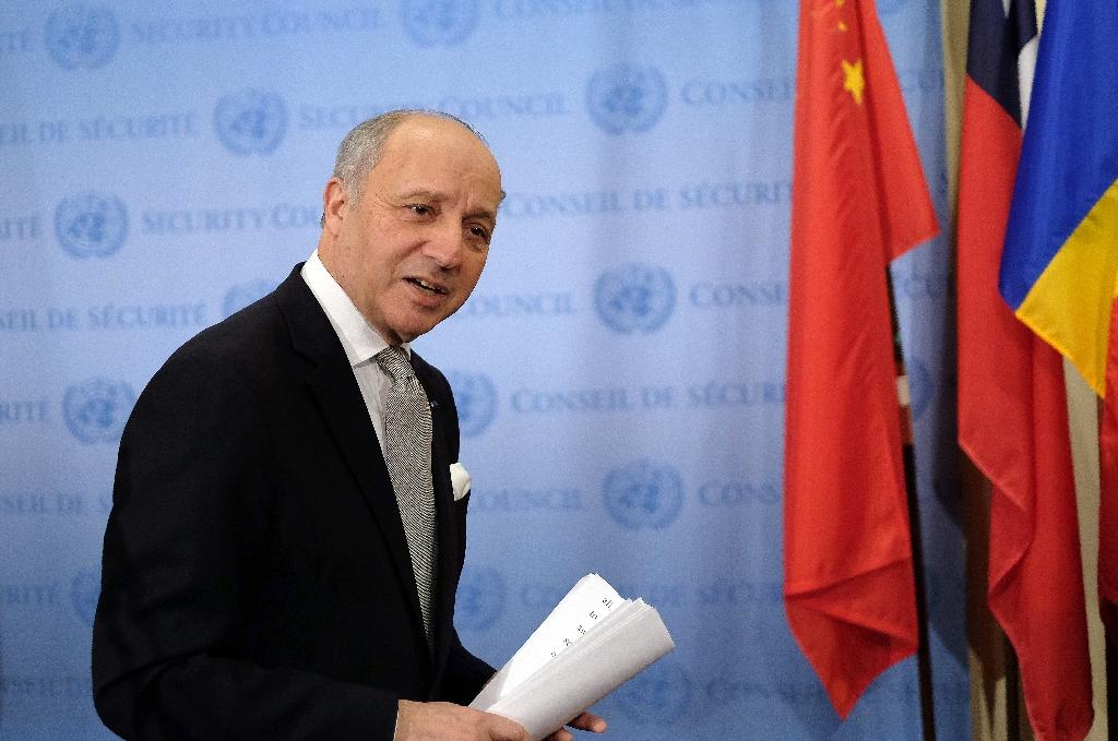 French Foreign Minister Laurent Fabius leaves after speaking to the media following a Security Council meeting at the United Nations on March 27, 2015 (AFP Photo/Jewel Samad)