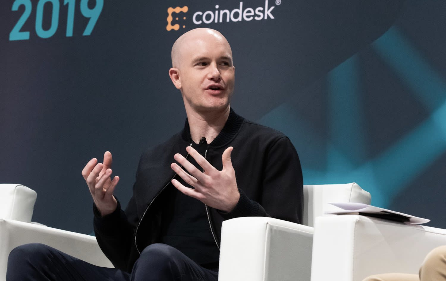 Coinbase Reveals Password Glitch Affecting 3,500 Customers