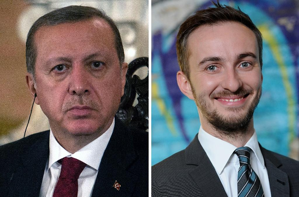 """Turkish President Recep Tayyip Erdogan (left) launched a criminal complaint against German TV comic Jan Boehmermann, who had insulted him in a so-called """"defamatory poem"""" (AFP Photo/)"""