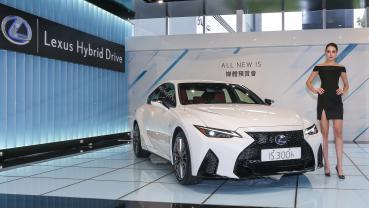 Lexus IS 二度改款登台!190萬起展開預售
