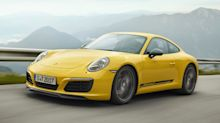 Porsche 911 Carrera T revealed: less weight, more performance