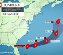 Strengthening Hurricane Humberto to close in on Bermuda