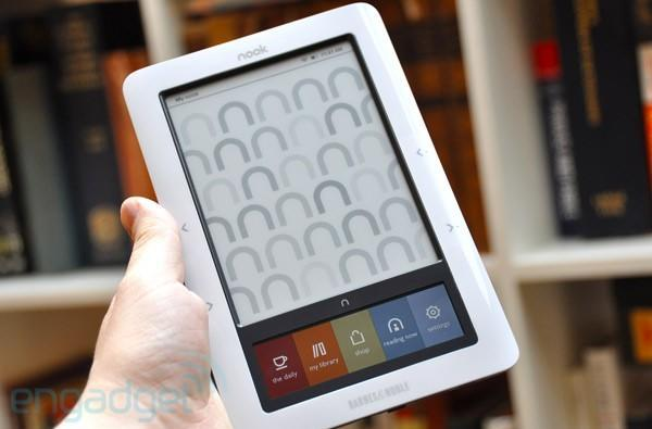 Barnes & Noble Nook goes on sale at Walmart next week (update: Kobo, too)