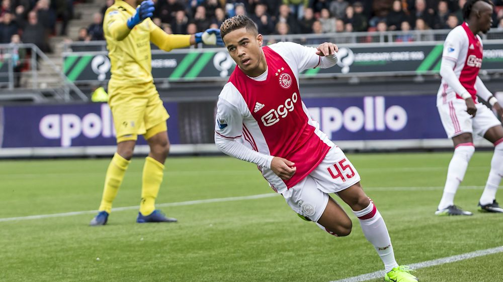 Tale padre, tale figlio: primo goal in carriera per Justin Kluivert