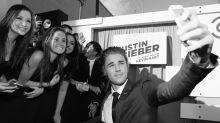 Justin Bieber Won't Take a Selfie for Less Than $2000