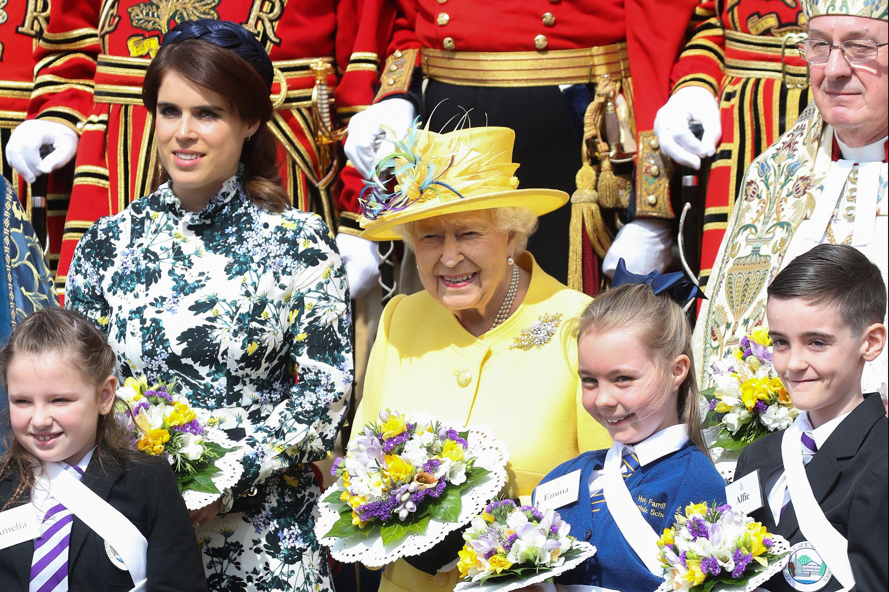 The Queen & Princess Eugenie Hand Out Bags of Money for Maundy Thursday