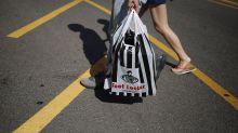 Foot Locker's Positive Steps Don't Put It Back in the Race