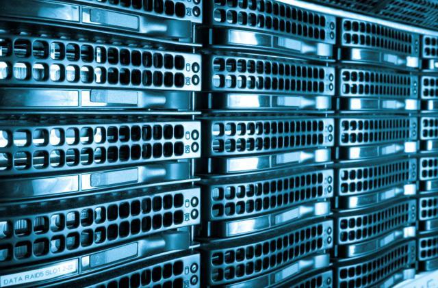 Greenpeace slams tech giants over dirty data centers