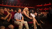 Britney Spears Honored as Icon, Mom, Sister at 2017 Radio Disney Music Awards
