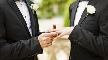 Good News des Tages: Diese Frau springt als Mutter auf gleichgeschlechtlichen Hochzeiten ein
