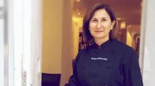 Famosa chef agli arresti domiciliari: la polizia la coglie in flagranza di reato