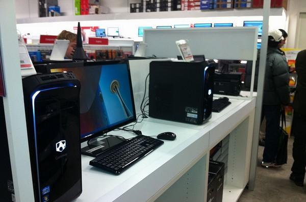 Multiple Intel Core 2011 PCs spotted at Vancouver Future Shop, yes it's still the present