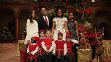 Here Is the Obama Family Christmas Pic