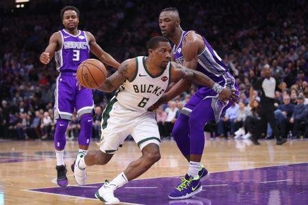 NBA notebook  Bucks reportedly extend Bledsoe s deal 9083a2357