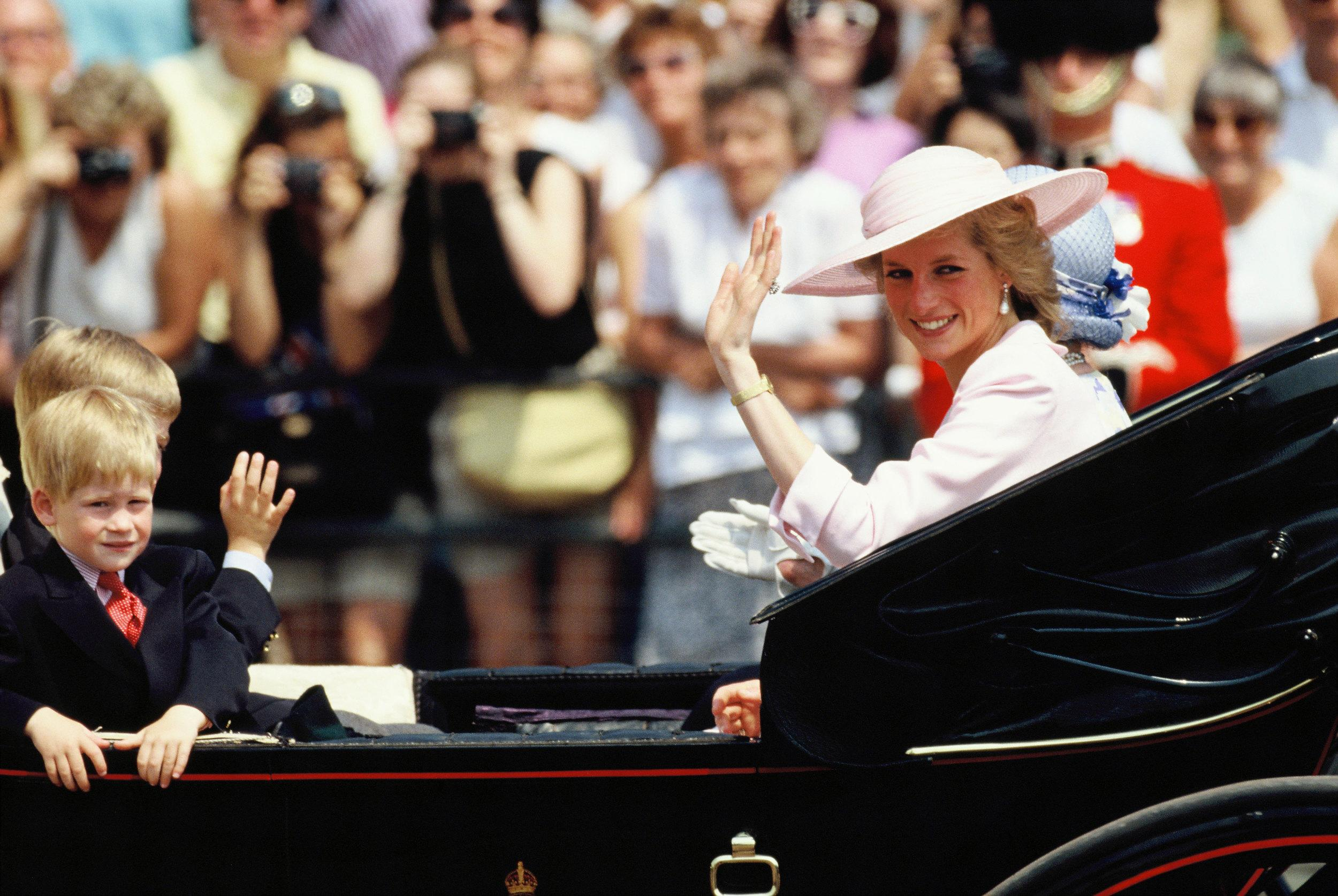 LONDON, UNITED KINGDOM - JUNE 17:  The Queen Mother and Diana, Princess Of Wales, with her sons Prince William and Prince Harry in an open carriage for Trooping the Colour Procession on June 17, 1989 in London, England.  (Photo by Georges De Keerle/Getty Images)