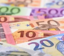 EUR USD Price Forecast – Euro Finds Buyers After Huge Dip