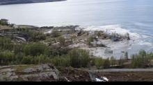 VIDÉO - L'impressionnant glissement de terrain qui détruit plusieurs maisons en Norvège