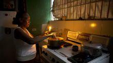 Sin comida, luz y agua: Venezuela acude a las elecciones al borde del colapso