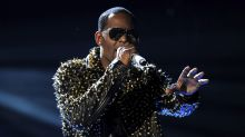 NYC Screening Of 'Surviving R. Kelly' Evacuated After Gun Threat