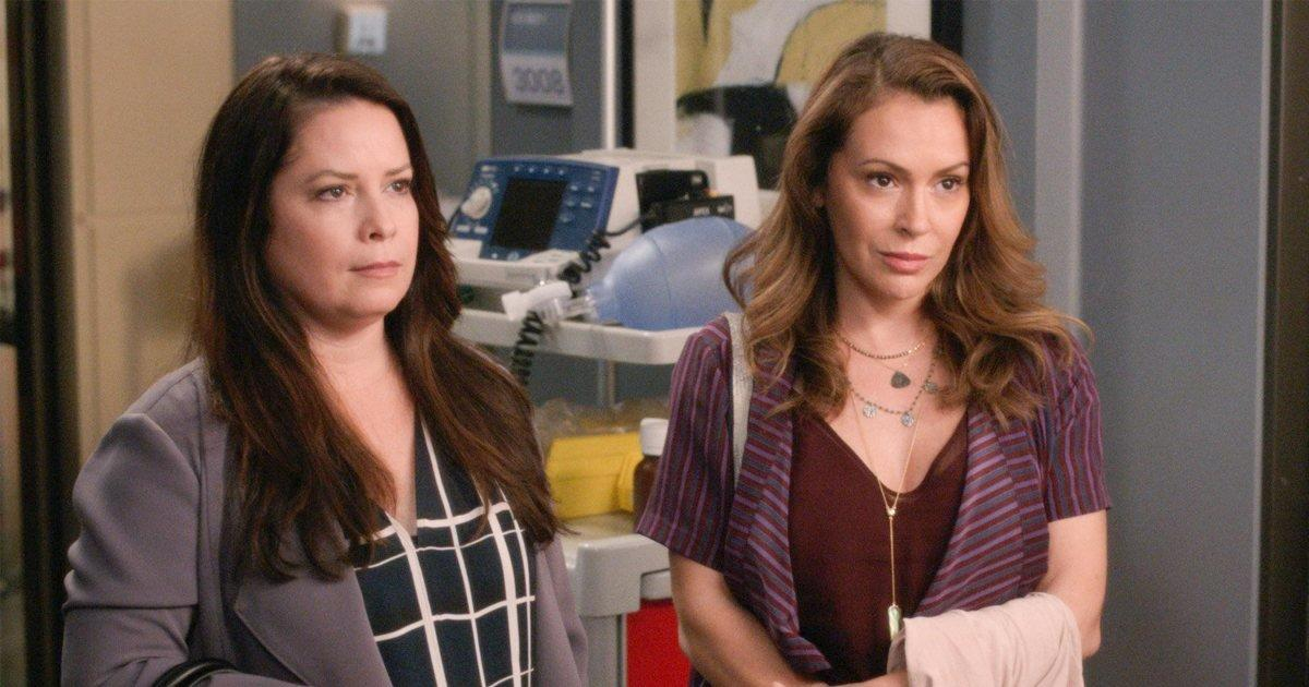 Holly Marie Combs Alyssa Milano Hug In First Clip Of
