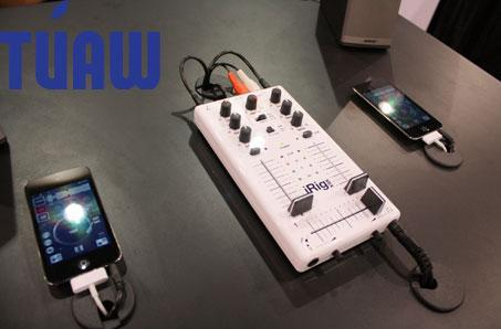 IK Multimedia introduces new iRig mic, mixer, and stompbox at CES