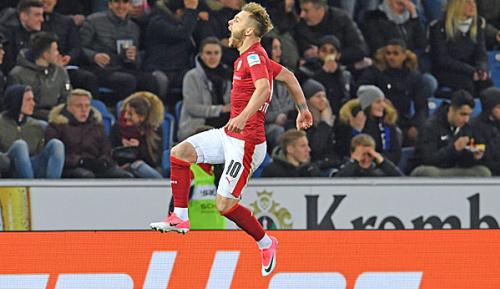 2. Liga: Stuttgart verteidigt Tabellenführung - Bielefeld in Abstiegsnot