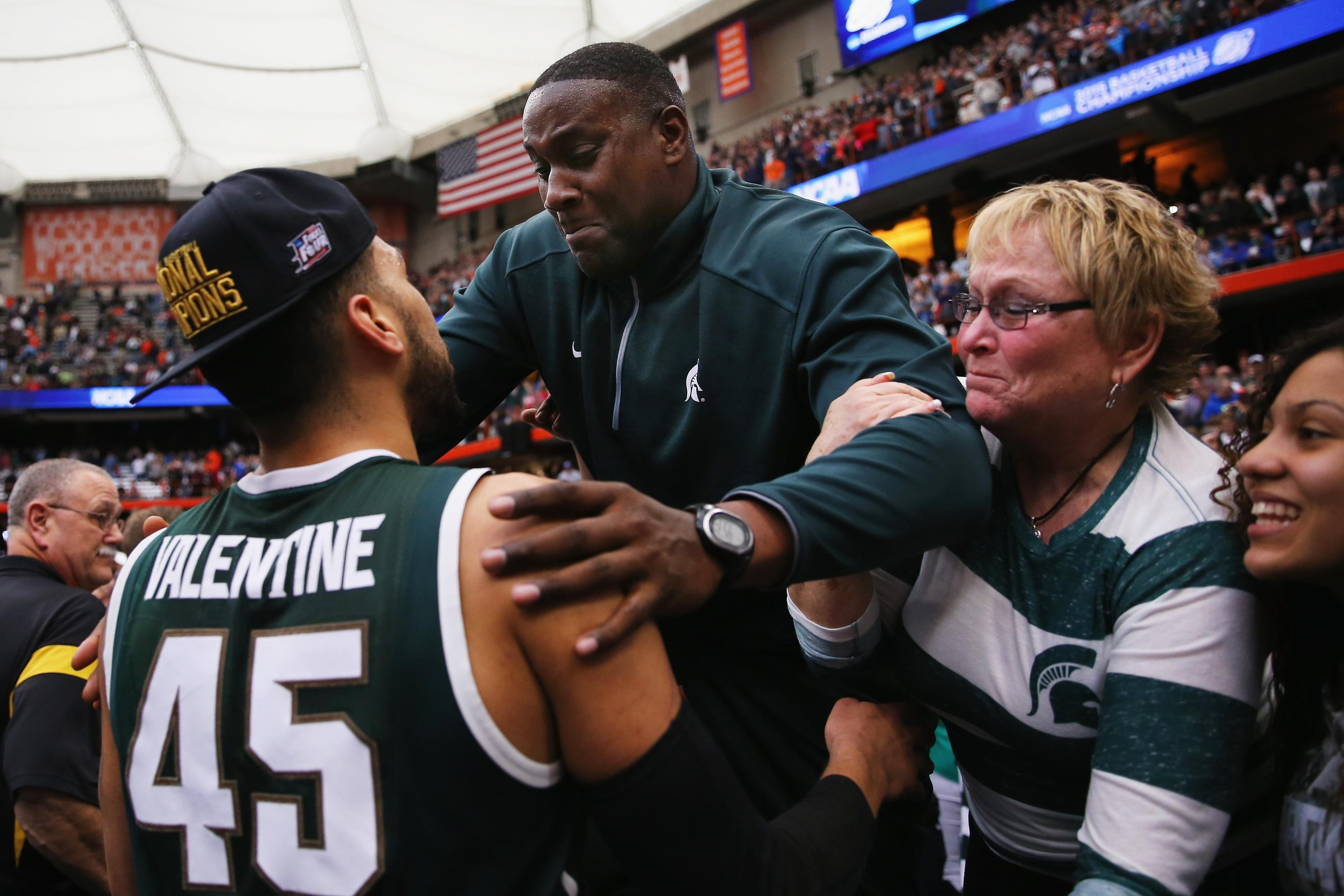 new concept 5b6a3 3d76e How Denzel Valentine evolved into a player of the year candidate