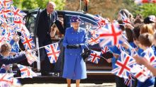 10 things you should never do in front of the Queen