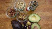 Cinco alimentos calóricos que no hay que eliminar de la dieta