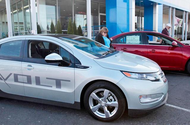 GM may test a carsharing program this summer