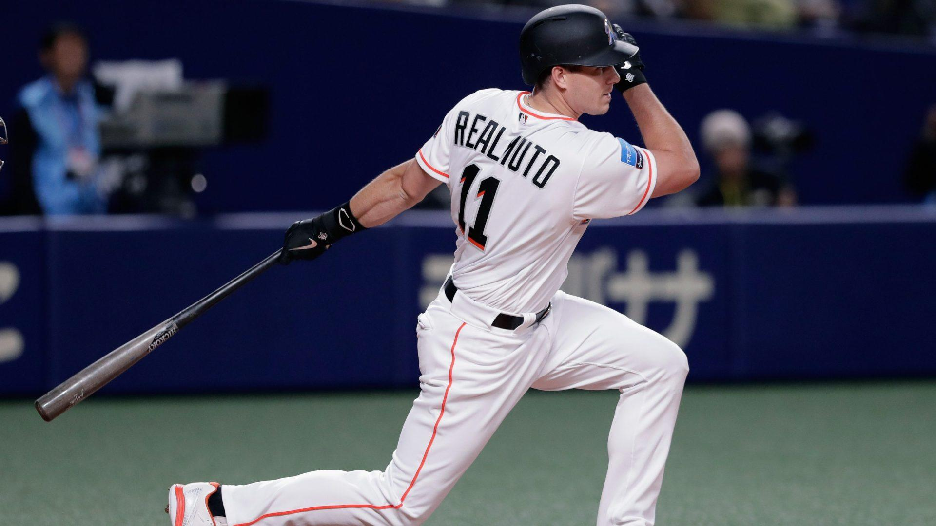 Report: Marlins, Mets, Yankees have discussed three-team trade involving J.T. Realmuto
