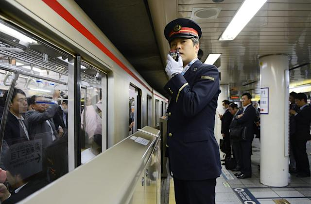 Clever cameras detect drunken railway passengers in Japan