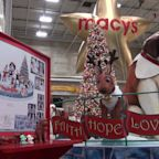 Students Get First Look at New Floats for Macy`s Thanksgiving Day Parade