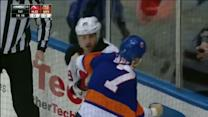Ryane Clowe and Matt Carkner scrap