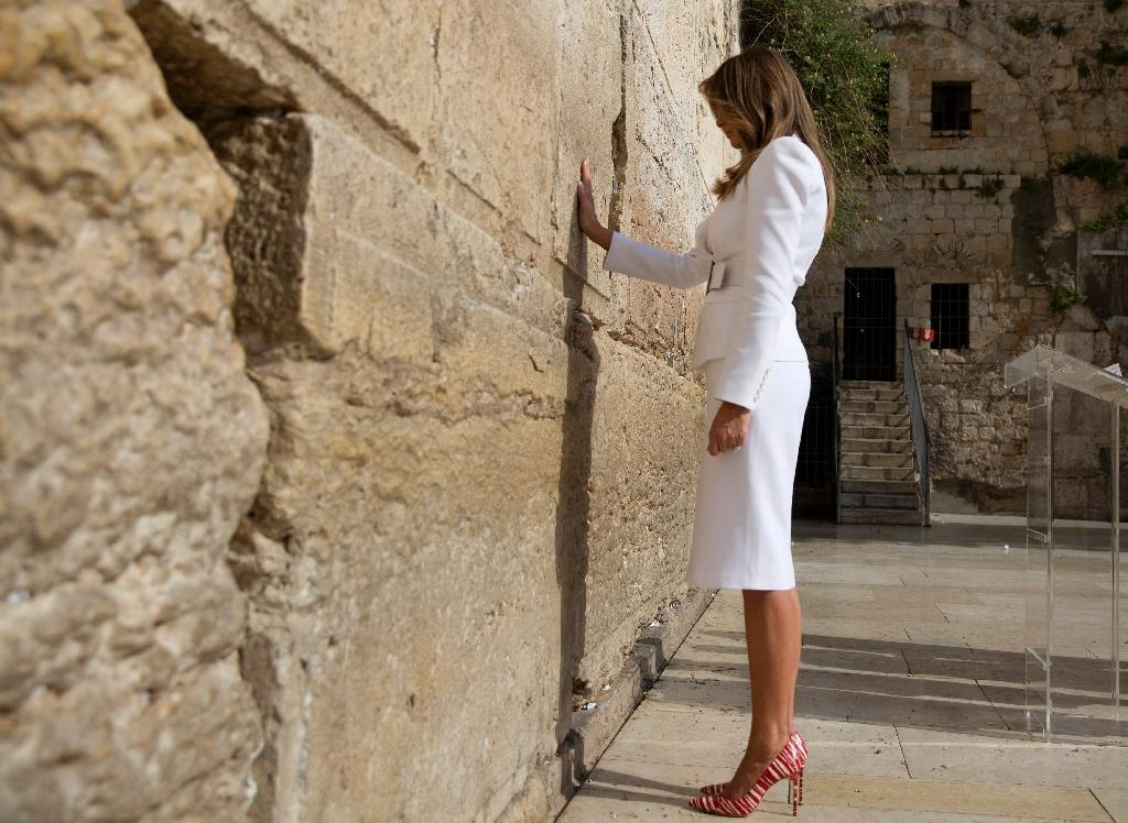 US First Lady Melania Trump visits the Western Wall (AFP Photo/Heidi Levine)