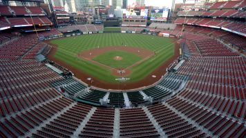 Cardinals facing virus outbreak; 7 players positive
