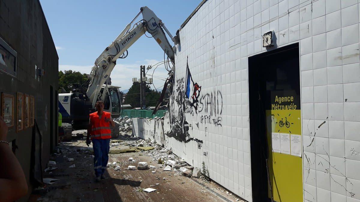 La fresque polémique à Grenoble a été détruite (comme prévu)