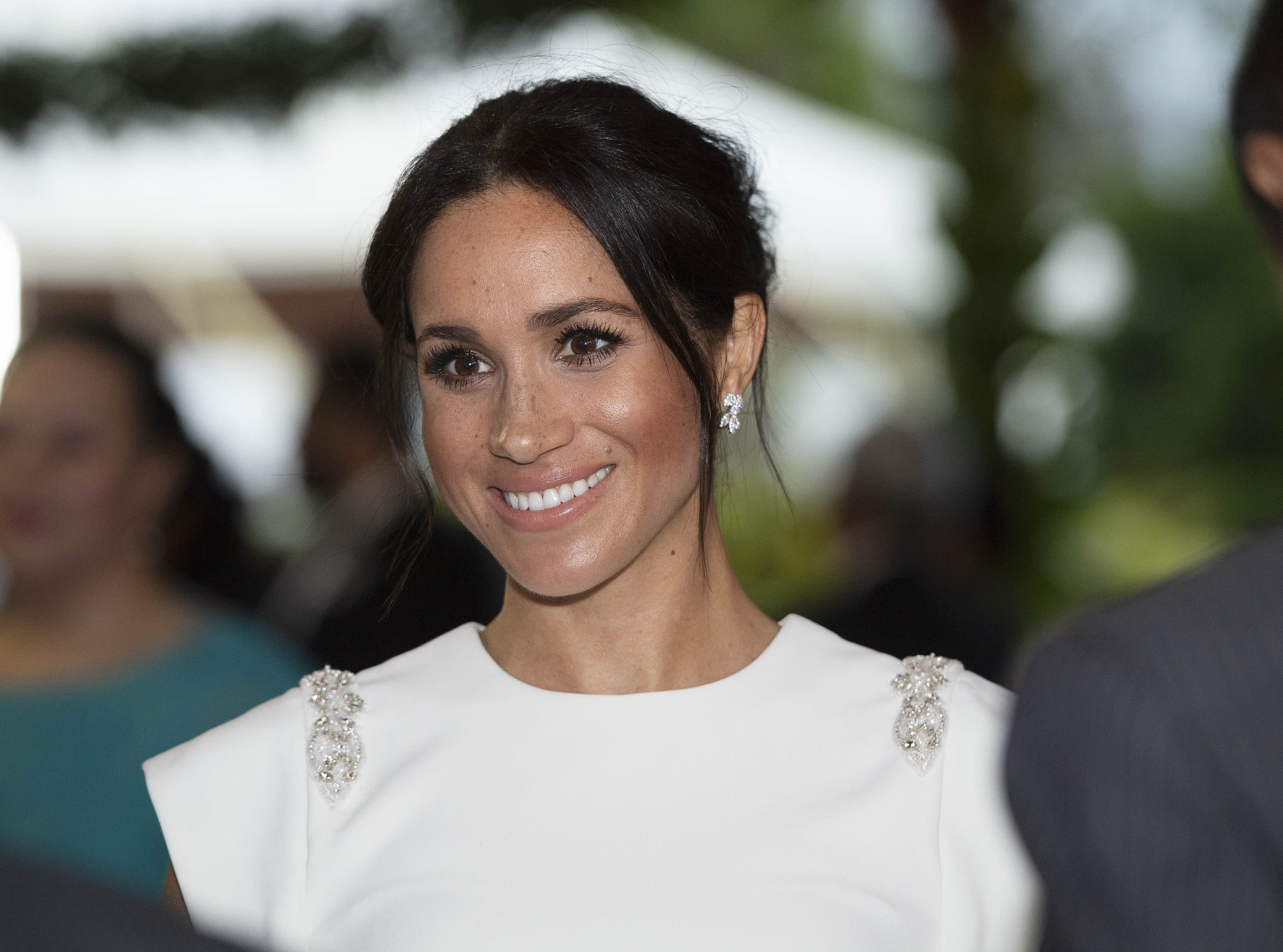 50th Hairstyle: Meghan Told To 'take Care' By Doctor
