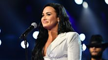 """Demi Lovato's Letter to Her Late Father Is a """"Beautiful Release"""""""
