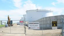 Kinder Morgan sells Pembina shares for $764 million