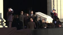 Ultime voyage pour Johnny Hallyday, inhumé à Saint-Barthélemy