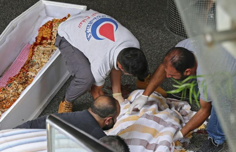 A 61-year-old man killed himself in central Beirut in broad daylight, leaving a note apparently linking his suicide to the country's escalating economic crisis