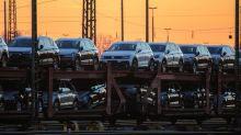 Autoverkäufe brechen 2019 ein – VW, Daimler und BMW trifft das hart