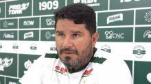 Eduardo Barroca lamenta gol sofrido e a carga emocional no Coxa