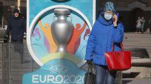 Mantener el 2020 en el logo de la UEFA Euro, para no hacer todo de nuevo en 2021